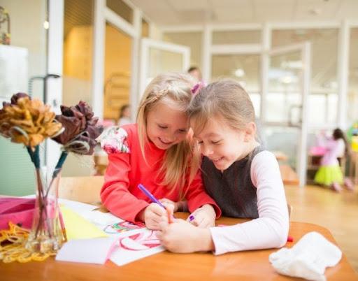 Vaikų priskyrimas į ikimokyklinio ir priešmokyklinio ugdymo grupes.